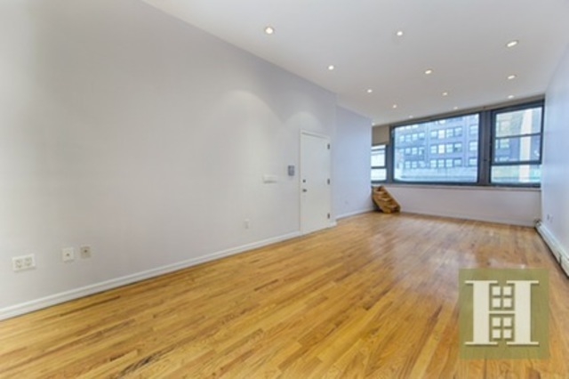 106 West 28th Street, Unit 2 Image #1