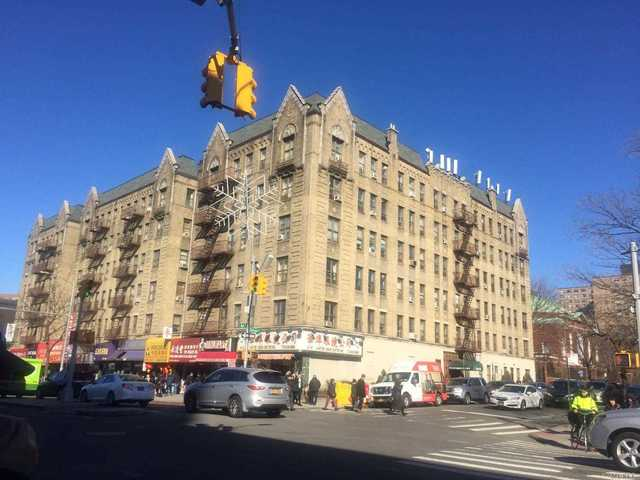136-05 Sanford Avenue Queens, NY 11365