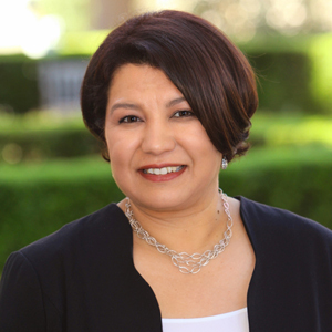 Edith Reyna,                   Agent in Los Angeles - Compass