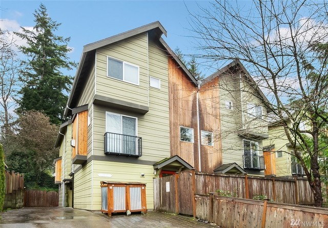 12546 35th Avenue Northeast, Unit A Seattle, WA 98125
