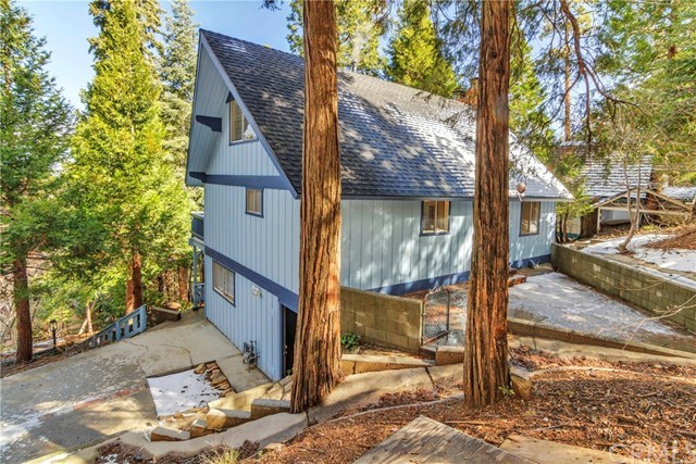 28559 Wabash Lake Arrowhead, CA 92352