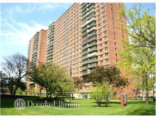 2940 West 5th Street, Unit 3G Image #1