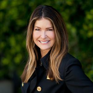 Kelli Haakenson,                       Agent in Los Angeles - Compass