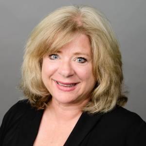 Headshot of Deanna Bowman