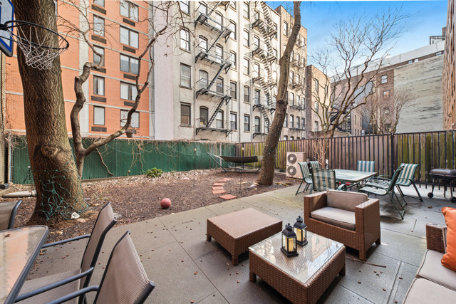 225 East 6th Street, Unit 1B Image #1
