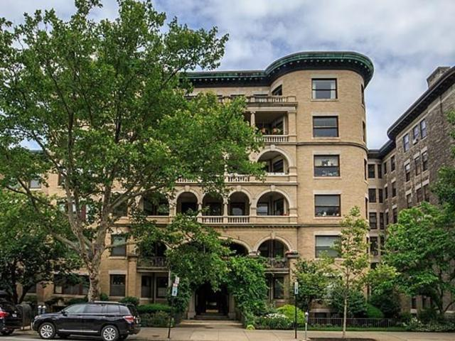 1080 Beacon Street, Unit 4B Image #1