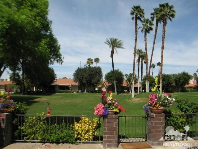 338 Villena Way Palm Desert, CA 92260