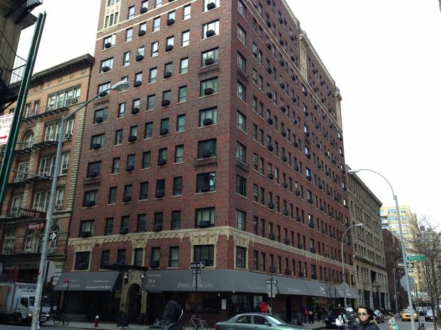 11 Waverly Place, Unit 9B Image #1