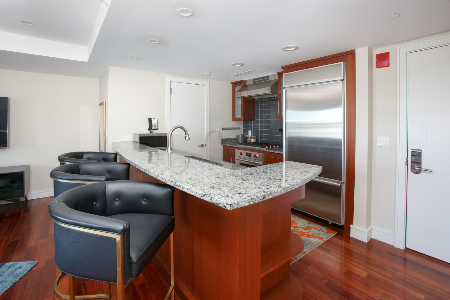 3 Battery Wharf, Unit 3301 Boston, MA 02109