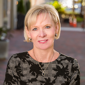 Susan Cahill-Tully, Agent in DC - Compass