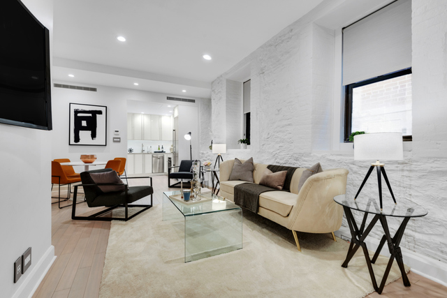 55 East 65th Street, Unit 1E Manhattan, NY 10065