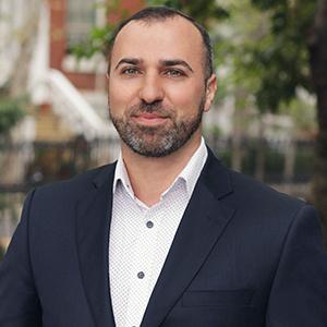 Alen Moshkovich, Agent in NYC - Compass