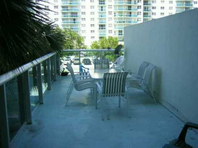 19380 Collins Avenue, Unit 209B Image #1