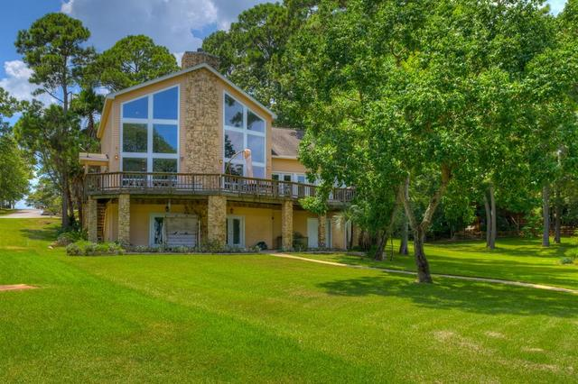251 Walnut Point Drive Coldspring, TX 77331