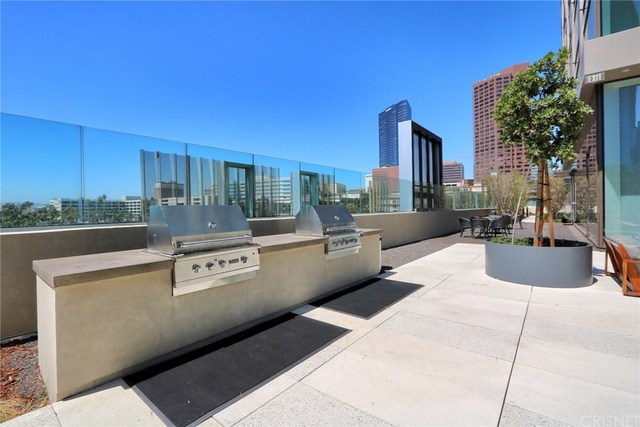 889 Francisco Street, Unit 701 Los Angeles, CA 90017