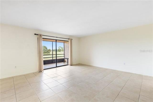 2435 Twin Drive, Unit 6 Sarasota, FL 34234