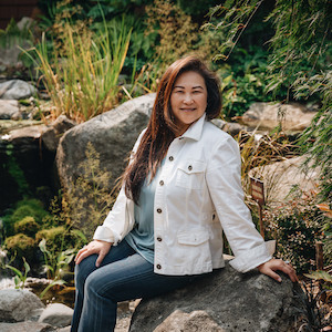 Mary Pong, Agent in Seattle - Compass