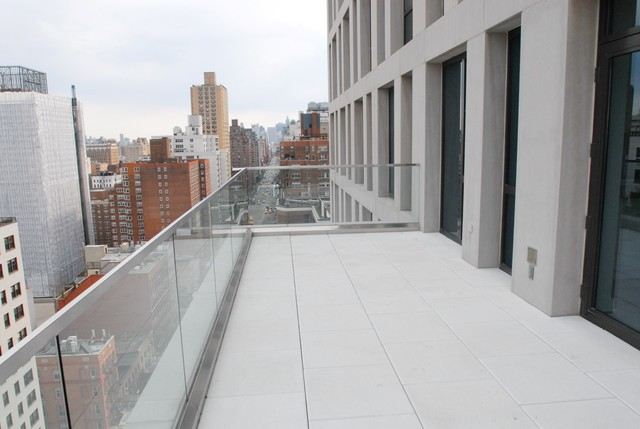 160 East 22nd Street, Unit 19B Image #1