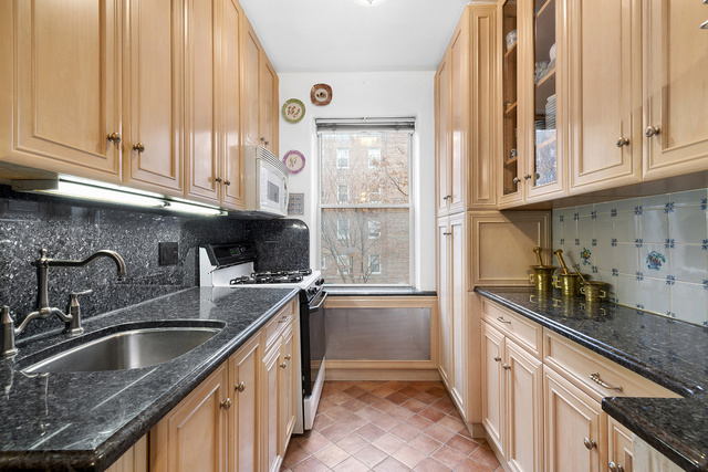 1615 Avenue I, Unit 320 Brooklyn, NY 11230