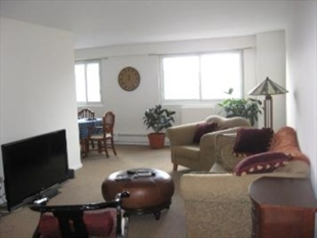 122 Ashland Place, Unit 16A Image #1