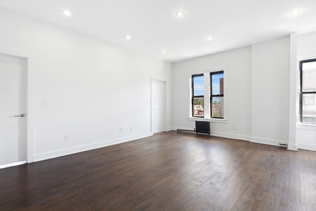 43-18 25th Avenue, Unit 14 Queens, NY 11103