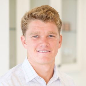 Chase Frishman,                       Agent in Los Angeles - Compass