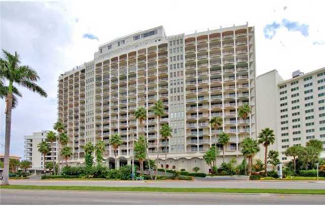 5401 Collins Avenue, Unit 340 Image #1
