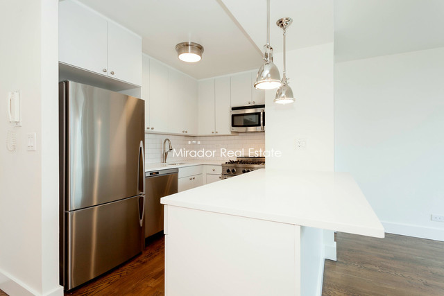 330 East 39th Street, Unit 25A Image #1
