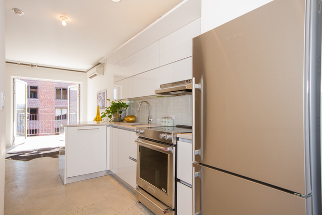 651 New York Avenue, Unit 607 Brooklyn, NY 11203