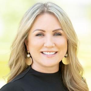 Claudia Fathivand,                       Agent in Houston - Compass