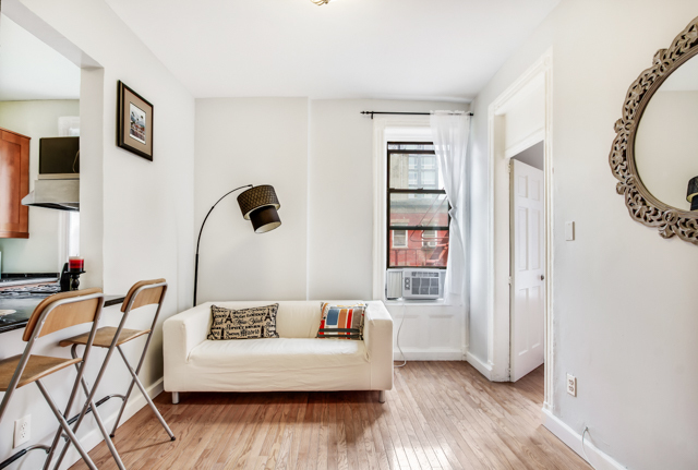327 East 3rd Street, Unit 2E Image #1