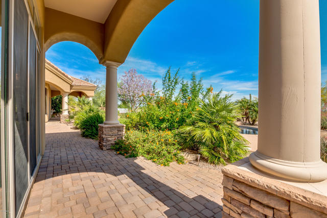 12327 East Doubletree Ranch Road Scottsdale, AZ 85259
