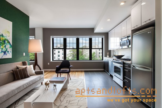 123 Parkside Avenue Image #1