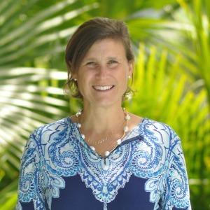 Jane Bark Barrellier,                       Agent in Miami - Compass