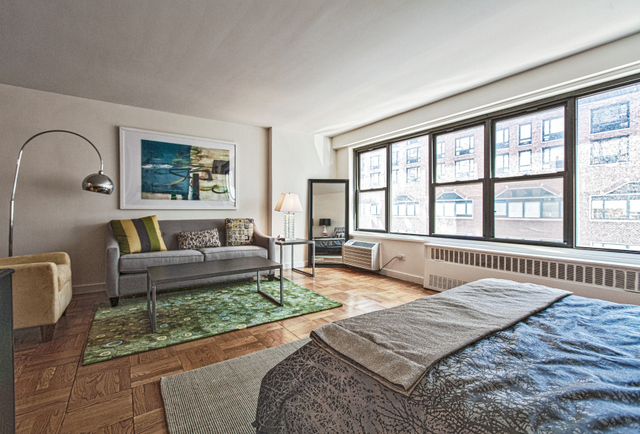 145 4th Avenue, Unit 4L Image #1