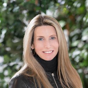 Nancy Cole, Agent in Miami - Compass