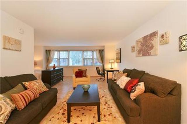 525 East 82nd Street, Unit 7A Image #1