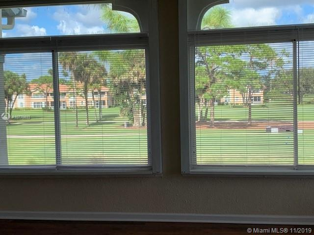 404 Ryder Cup Circle South, Unit 404 Palm Beach Gardens, FL 33418