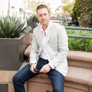 David Brizendine,                       Agent in Los Angeles - Compass