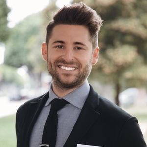 Justin Fierro,                     Agent in Los Angeles - Compass
