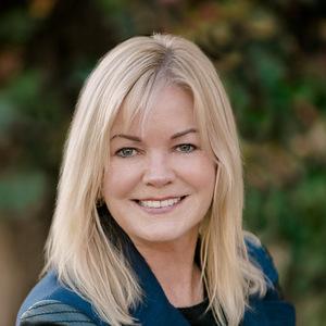 Maggie Schireson, Agent in Los Angeles - Compass