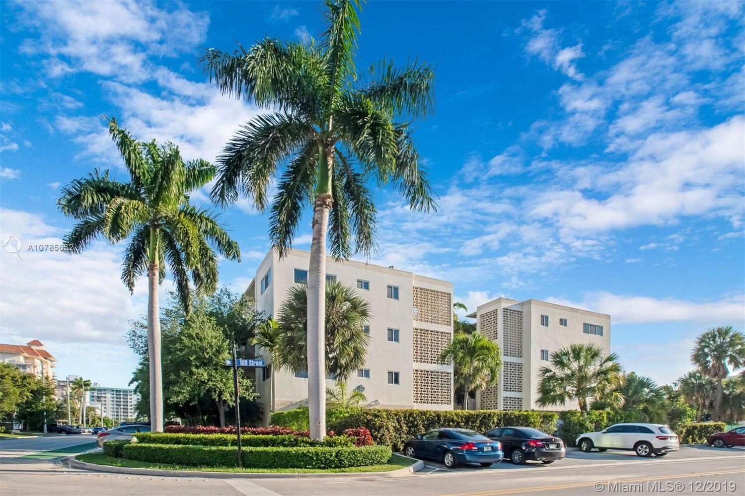 10001 West Bay Harbor Drive, Unit 208 Bay Harbor Islands, FL 33154