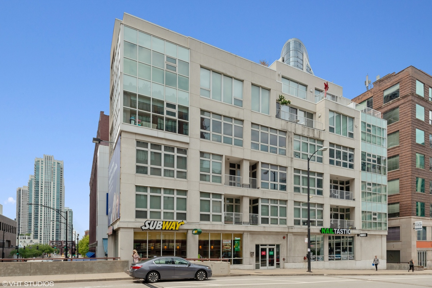 400 North Orleans Street, Unit 2A Chicago, IL 60610