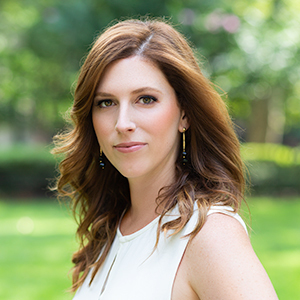 Beth Lytwynec,                     Agent in Philadelphia - Compass