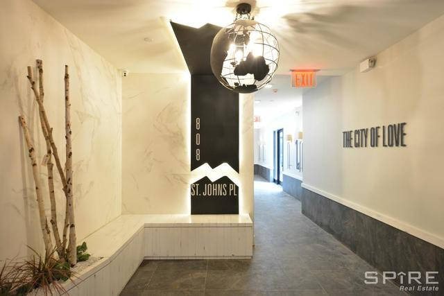 808 St Johns Place, Unit 1D Image #1