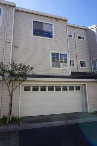 18 Pilot Circle Redwood City, CA 94065