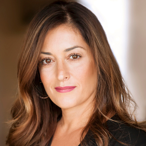 Lena Cholakian,                       Agent in Los Angeles - Compass
