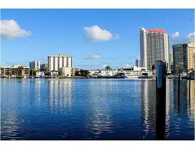 200 Golden Isles Drive, Unit 204 Image #1