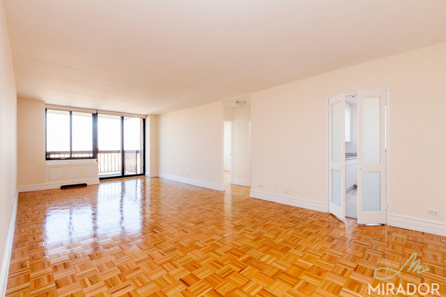 145 West 67th Street, Unit 40D Image #1