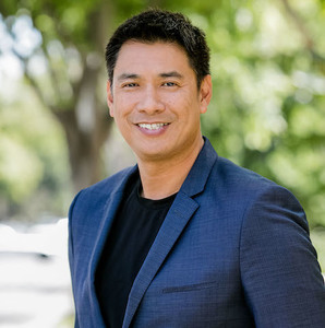 Alexander Chen,                       Agent in Los Angeles - Compass